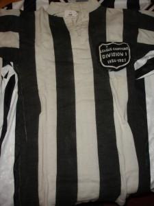 Hughie Gallacher's Championship shirt, 1926-27