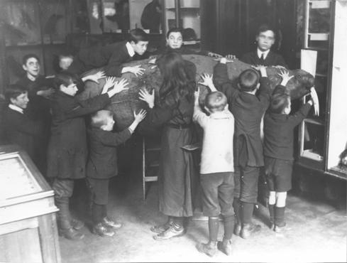 Blind Children at Sunderland Museum