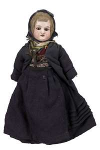Cullercoats fishwife doll, front.