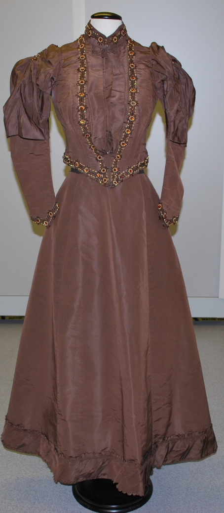 Two-piece wedding suit from the1880s