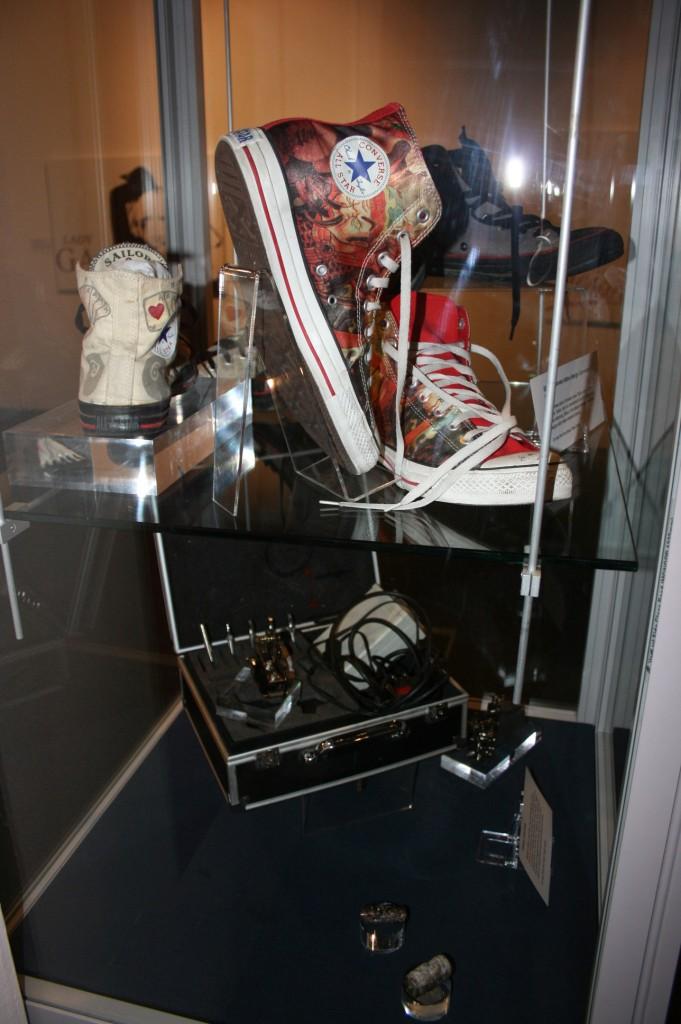 Roker tattoo studio objects
