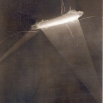 Zeppelin L34 under attack off Hartlepool, 27/28 November 1916