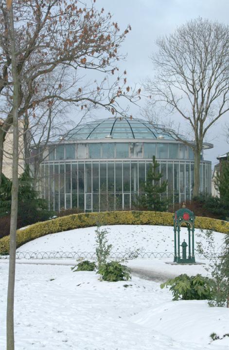 Sunderland Museum & Winter Gardens in the snow