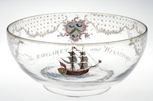 G756 W Beilby Margaret & Winfred bowl