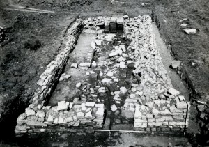 Carrawburgh Mithraeum in its final late 3rd century stage, including altars in situ.