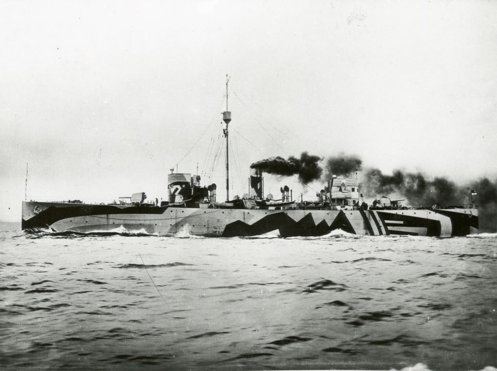 9. Photograph of dazzle painted '24' class sloop HMS Flying Fox on her sea trials. You can see the double bridge arrangement that adds to the confusion, and painted hawse pipe and anchor at the stern are also just about visible. The smoke is a bit of a giveaway, but this is clearly a maximum speed trial and she wouldn't be making this much smoke when escorting a convoy. (Image courtesy of Ian Rae)