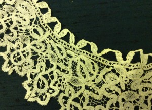 Detail of an imitation Honiton collar - TWCMS_H1220