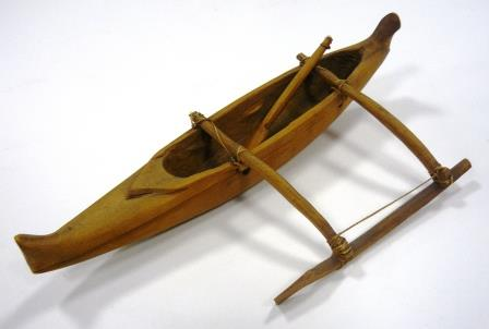 NEWHM : C650, wooden model of a canoe, Hawaii.