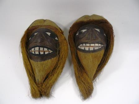 NEWHM : F027-28, human heads carved from coconuts, Jamaica