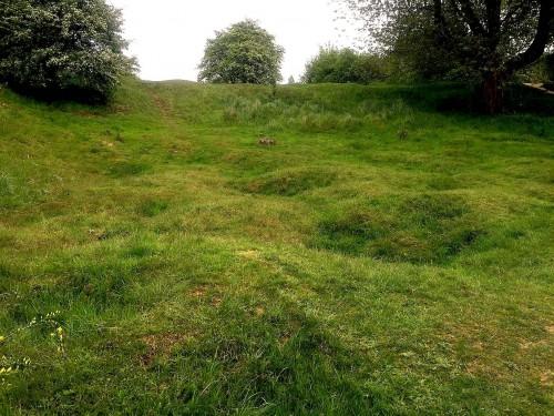 Hill_60_Ypres_Belgium_15_-_1917_deep_mine_crater_Hill_60