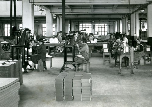 Employees at the Co-operative Wholesale Society's printing works in Pelaw. Circa 1920s.