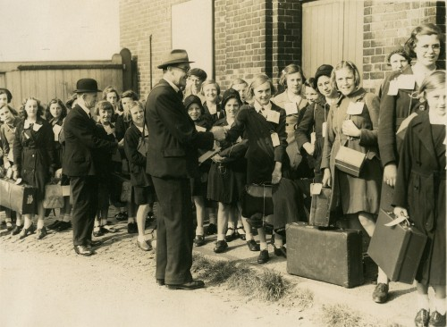 Female evacuees snapped at Barrington Street, South Shields by a Northern Press photographer